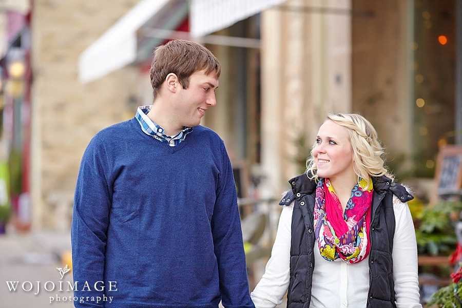 Downtown Cedarburg Winter Family Session