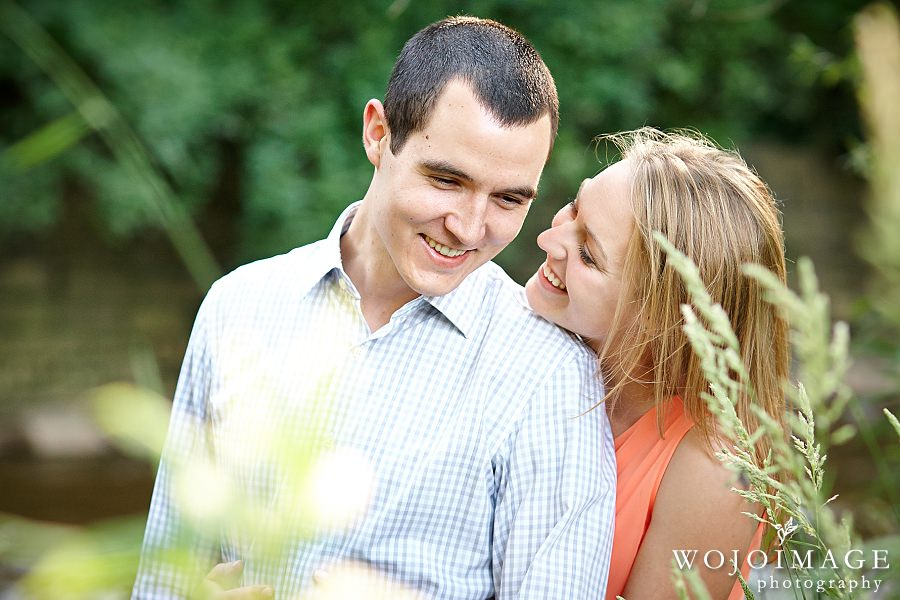 Wauwatosa Hart Park Engagement Photos