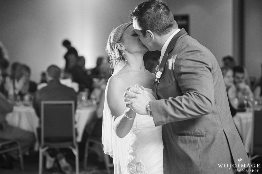 Radisson Menomonee Falls Wedding