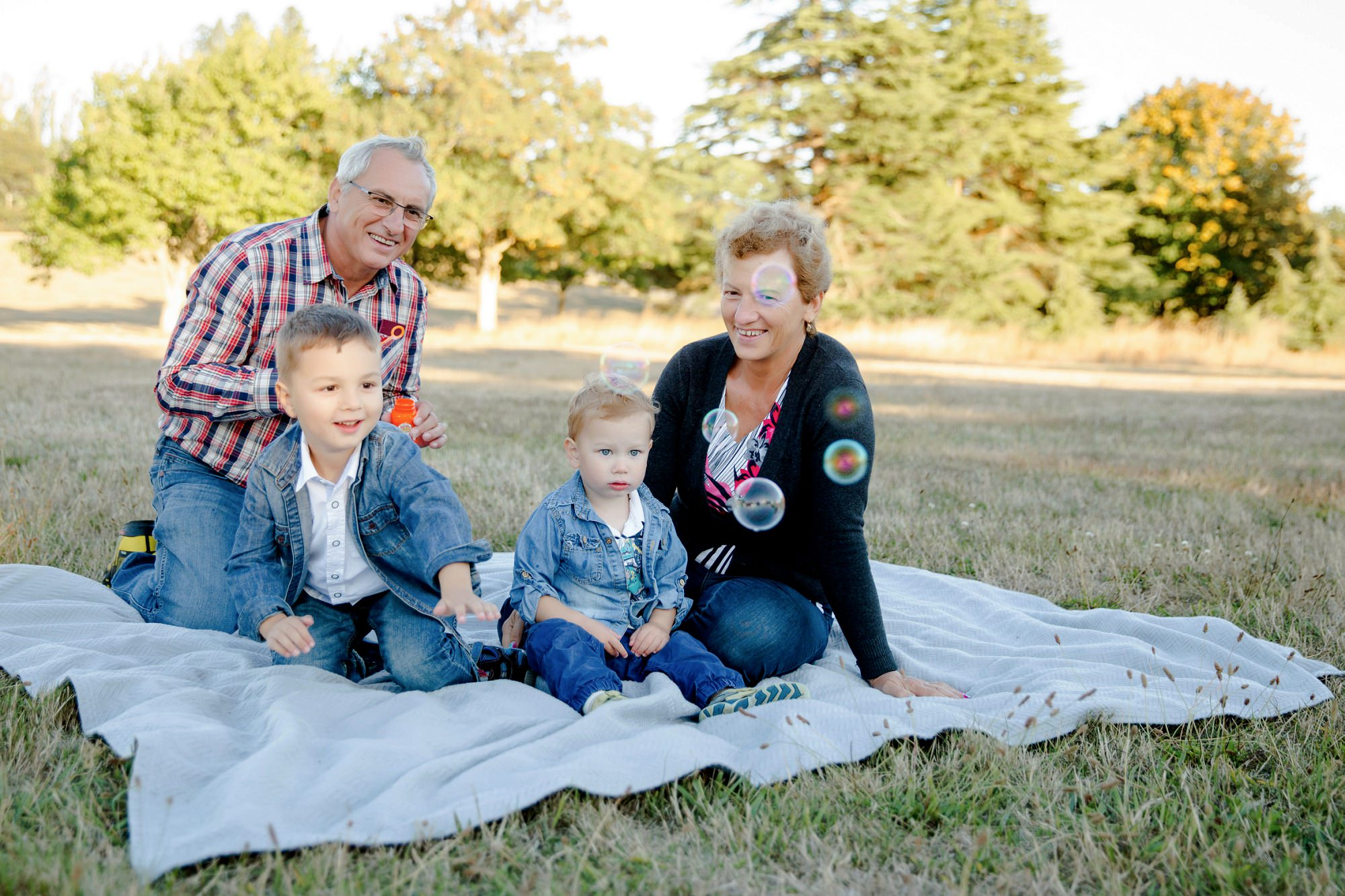 Discovery Park Seattle Family Lifestyle Photography With Grandparents