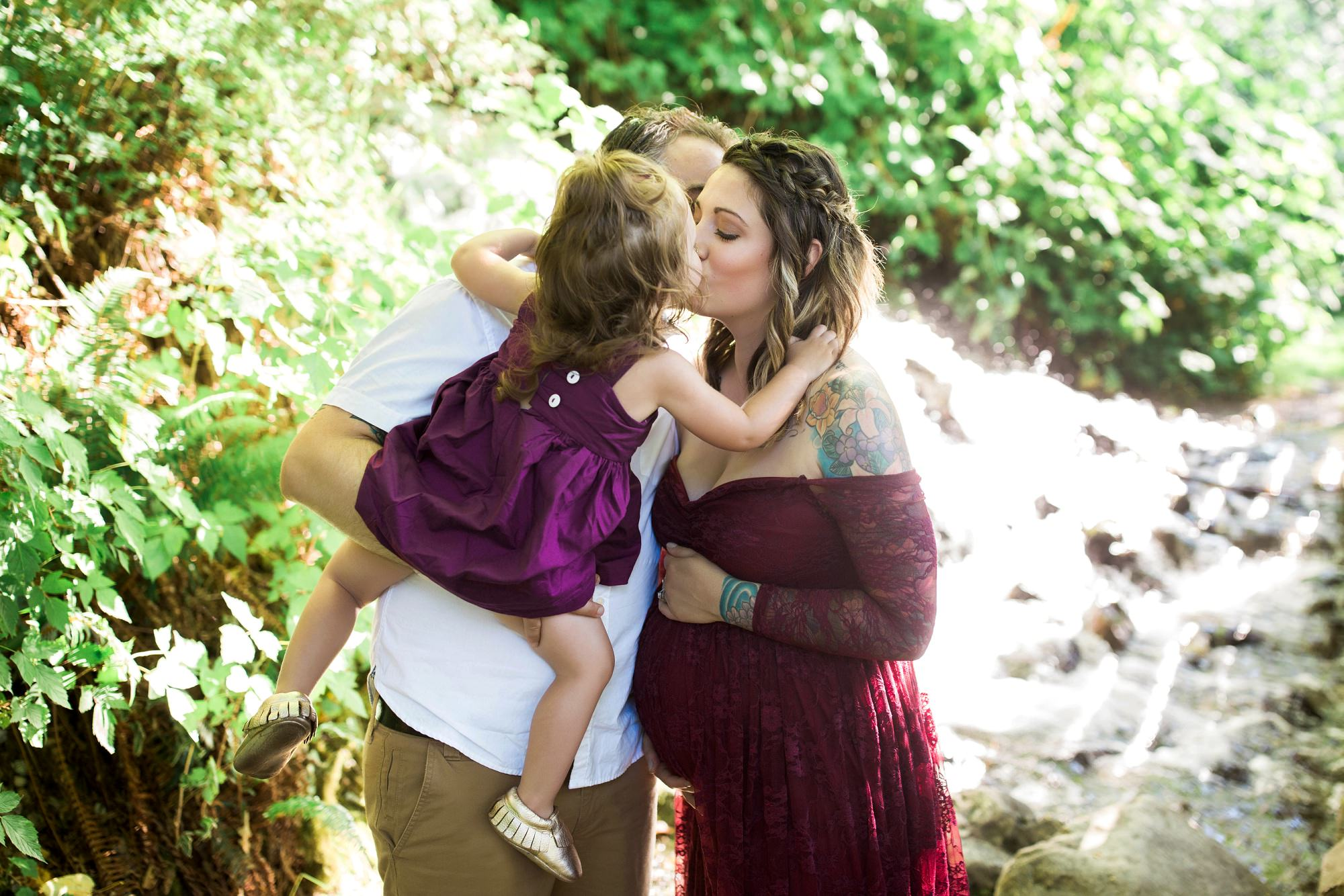 rattlesnake lake maternity photos