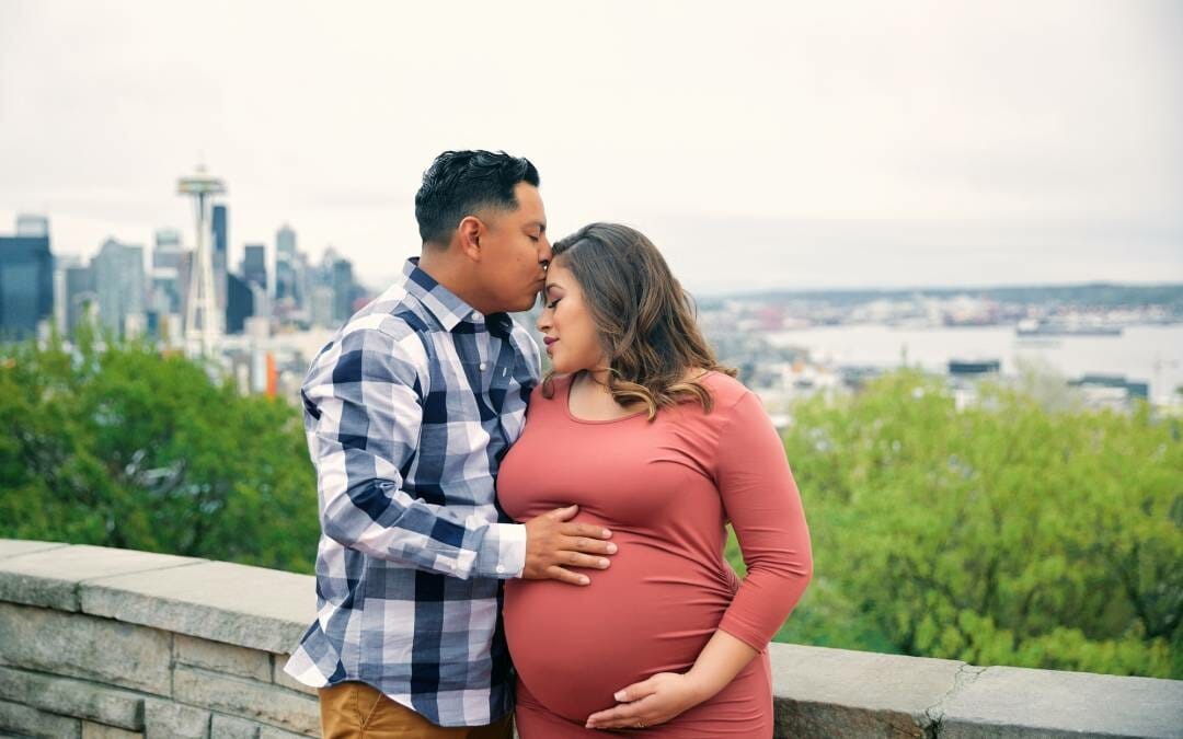 Merce and Jesus-Kerry Park Seattle Maternity Photographer